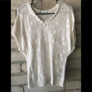 Crochet short sleeve sweater